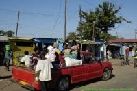Malawi_2006-11-02_15.34.07_(_DSC5571)_onderweg_naar_RZL.jpg