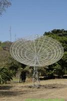 Malawi_2006-11-03_09.23.12_(_DSC5653)_satelliet_uplink.jpg
