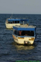 Malawi_2006-11-03_16.39.40_(_DSC5932)_twee_van_de_boten.jpg