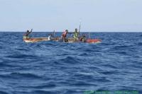 Malawi_2006-11-06_15.57.11_(_DSC6031)_lokale_vissers.jpg