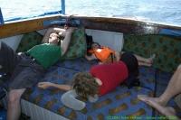 Malawi_2006-11-11_13.23.29_(_DSC6314)_Zwaar_leven_op_de_boot.jpg