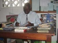 Malawi_2006-11-14_10.15.46_(IMG_0248)_Mackenzie_project_hoofdmeester.jpg