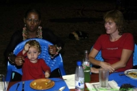 Malawi_2006-11-14_21.04.19_(_DSC6540)_Afscheidsmaal.jpg