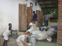 Malawi_2006-11-14_10.10.29_(IMG_0244)_Mackenzie_project.jpg